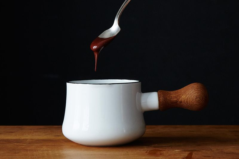 2 Ways to Make Chocolate Ganache