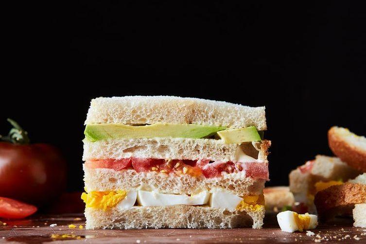 Triples de Palta (Peruvian Avocado Sandwich)