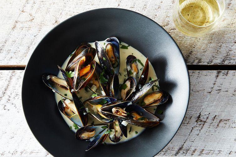 ChefJune's Mussels Dijonnaise