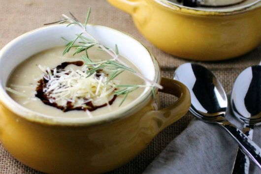 roasted parsnip, garlic + apple soup