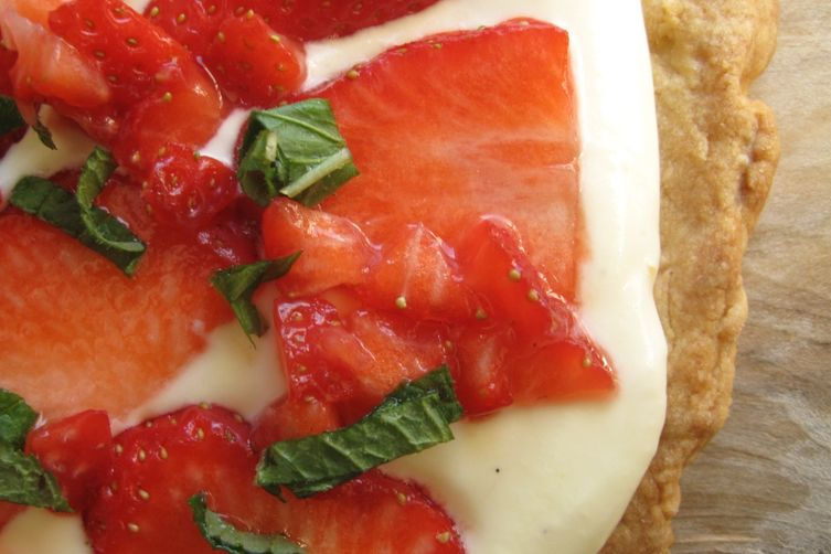 Strawberry n Melisse Pizza