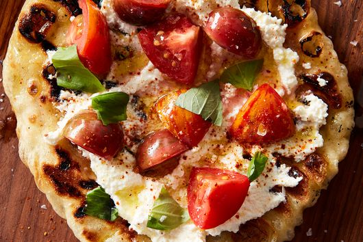 This Genius Pizza Turns the Entire Concept of Pizza on Its Head