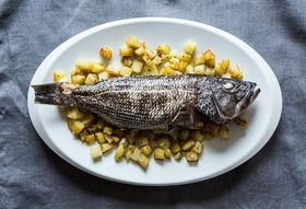 Afc0e395 83d4 4974 a056 efaa3c0fd5bd  whole roast fish