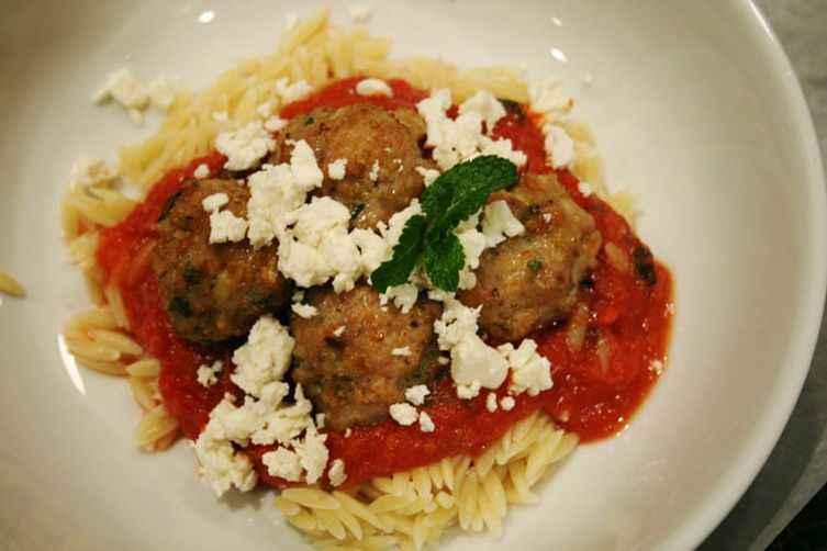 Greek Pasta and Meatballs