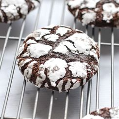 Chocolate Ginger Crinkle Cookies