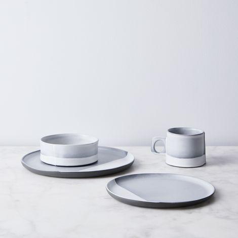 Handmade Porcelain Fog Dip Dinnerware