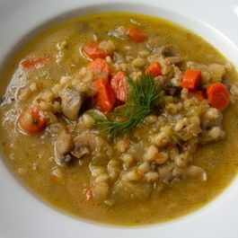 660cfa84 0040 4039 bc32 7b6d33f9f99f  musshroom barley soup new photo for blog post