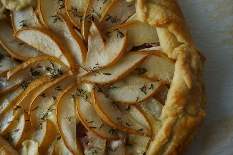 Pear, ham and brie galette