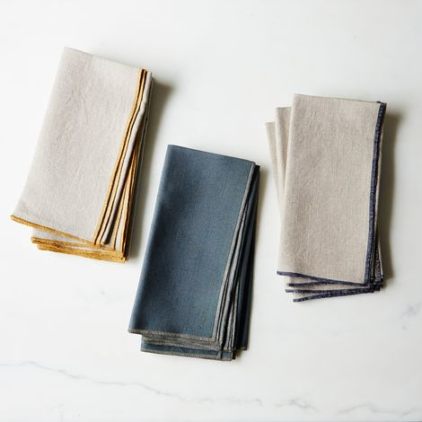Edged Linen Dinner Napkins (Set of 4)