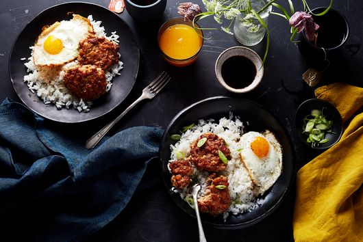 A Breakfast Plate in Hawaii is Meaty, Spicy, Carb-y, and Easy to Make