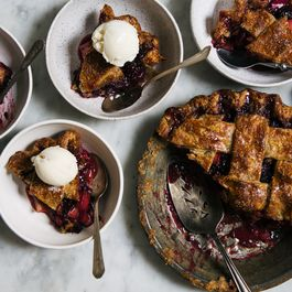 Blackberry Rhubarb Pie
