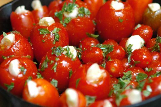 Slow Roasted Garlic Tomatoes
