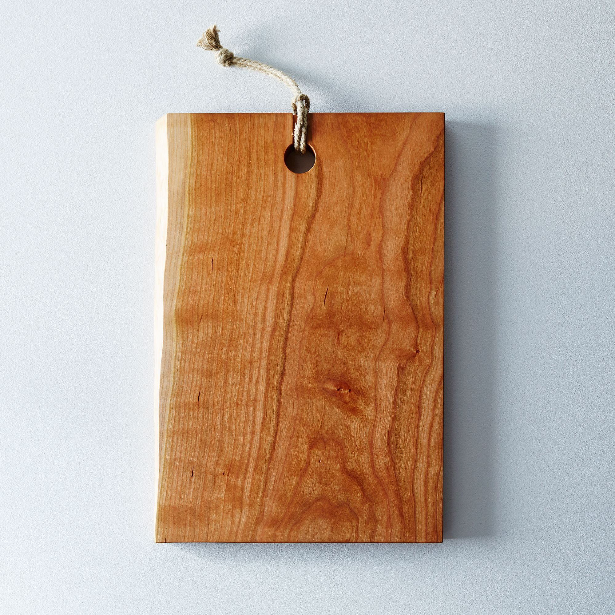 9b085611 dba0 46b8 a363 1e9fd1b89420  2015 0710 yoav s liberman live edge domestic wood serving cutting board silo james ransom 014