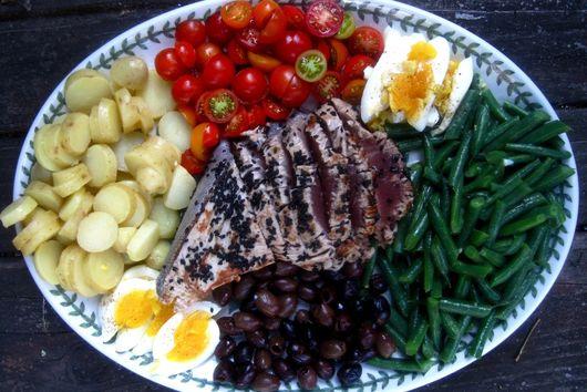 Deceptively Stunning Salade Nicoise
