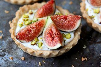 9886eacd ae12 409f b81e 64bb56fbdcd4  fig and yogurt tarts 077a 683x1024
