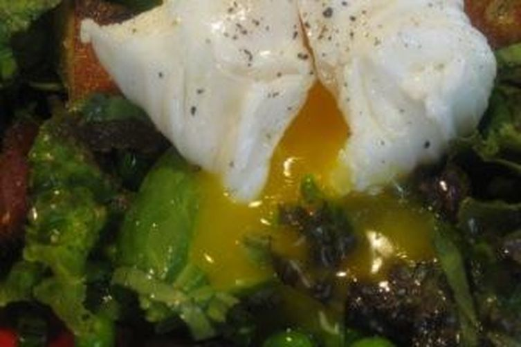 Poached Duck Egg and Bacon Summer Salad