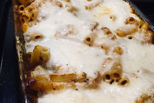 Smoky, Caramelized Onion Pasta Bake