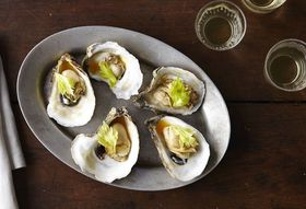 8b964762 0716 4031 aaa9 95960a9d5404  2014 0722 food52 oysters with tomato broth top chef 014