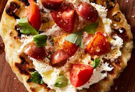 A24e59fc 8116 4568 a20f afd5968f3ed4  2016 0822 speedy romeo s grilled pizza with marinated tomatoes and ricotta mark weinberg 187