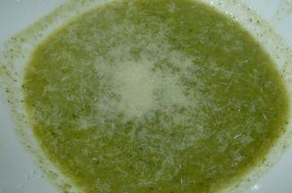 5604cad7 0faf 47cc a05b 44c02cfb620f  broccoli soup