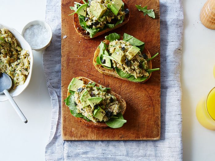 """Chickpea Salad: The Fast, Filling Answer to """"What's for Dinner?"""""""