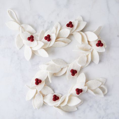 Holiday Felt Garland