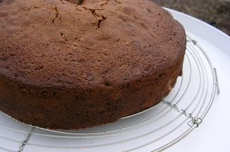 713a148a-09d7-4d3a-a603-04143281947a.spiced_chocolate_pear_cake