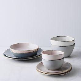 Porcelain Gold-Rimmed Dinnerware