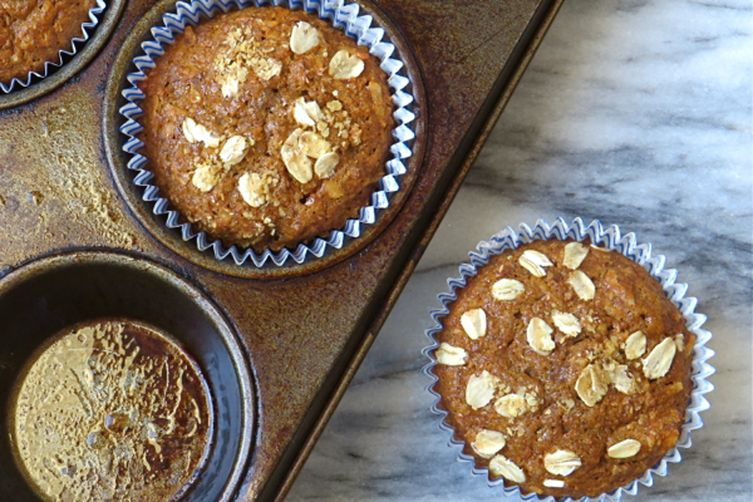 fruit and nut bran muffins