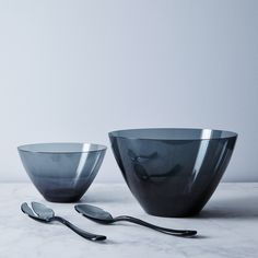 Outdoor Italian Salad Bowls & Salad Servers