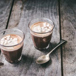 540e18c1-d922-4873-8eb8-1173fd7b0feb.hot_cocoa_11