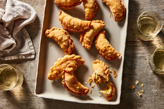 Chicken & Potato Curry Puffs