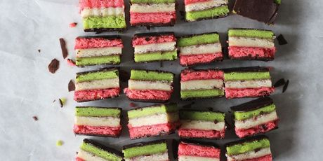 The multicolor dessert all over Instagram