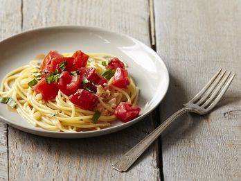 Dinner Tonight: Michael Ruhlman's Pasta with Tomato Water
