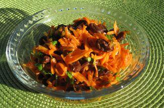 A97dcc5c 9d9d 46e7 bc87 5becffede11a  carrpt raisin salad