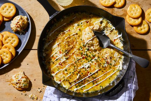 Easiest, Cheesiest Skillet Dip