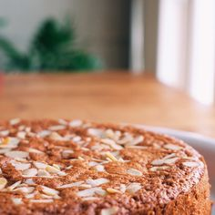 Dairy and Gluten Free Maple Almond Cake / Tarta de Santiago