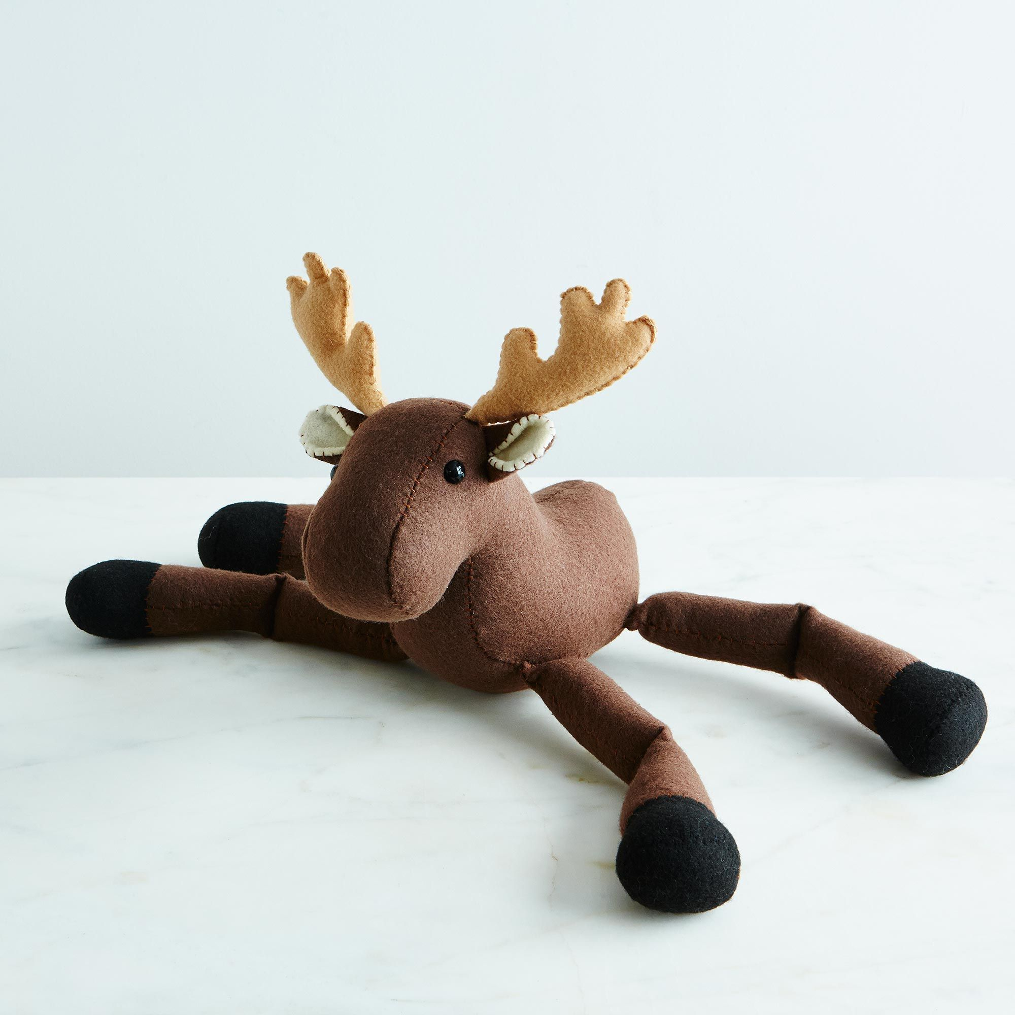 6893364e a0f7 11e5 a190 0ef7535729df  live dream create plush animals reindeer provisions mark weinberg 17 11 14 0042 silo