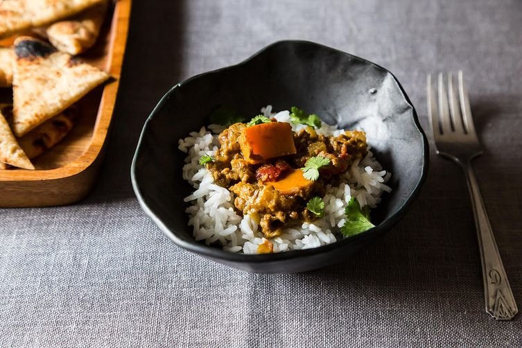 Spicy Beef and Persimmon Korma