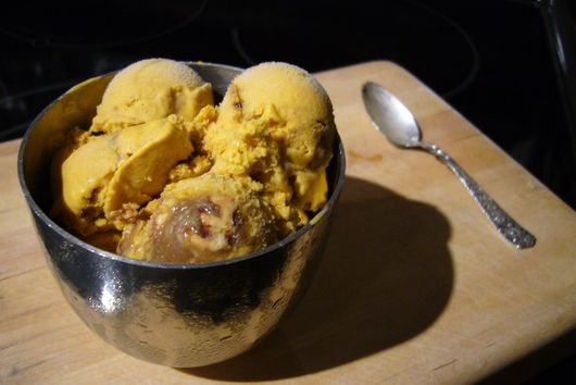 Pumpkin Ice Cream with Pecan Praline Sauce