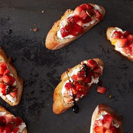 C88b10ca 35c8 4fb0 9670 947bcc7c5557  2013 0903 cp strawberry tomato bruschetta 023