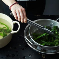 Worth It or Not Worth It: Shocking Blanched Vegetables