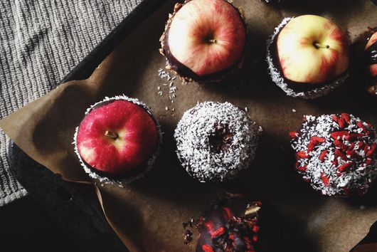 Candy Apples | The Unrefined Sugar Version