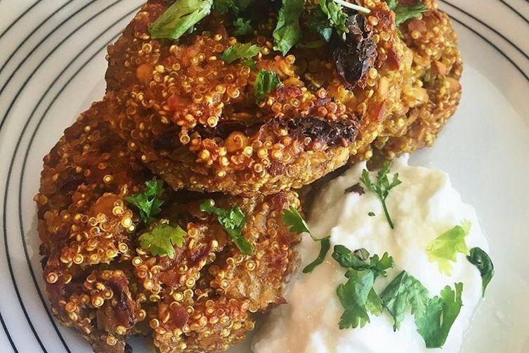 Vegan Quinoa Lentil Curry Burger