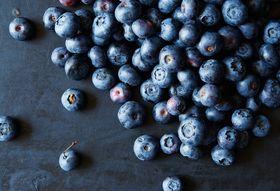 D9450847 2637 4e07 9c2e 7bcd1c2272ac  blueberries food52 mark weinberg 14 07 01 0103