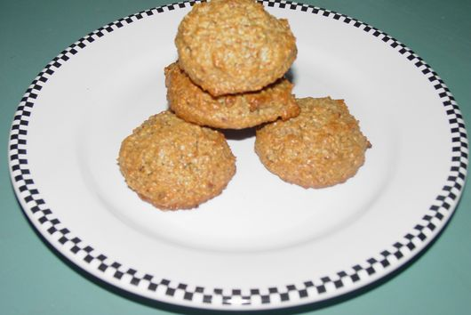 Almond Pistachio Macaroons (The Food Processor Method)
