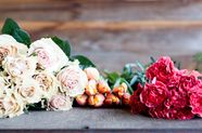 9 Ways to Make Grocery Store Bouquets Look Like a Million Bucks