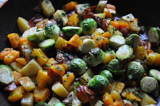 Ff49a039-1beb-496d-86e9-04ae9265940f--autumn_vegetable_hash_food52_1