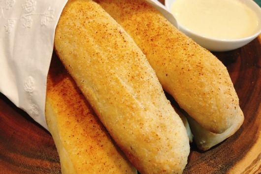 Breadsticks & Homemade Alfredo Sauce