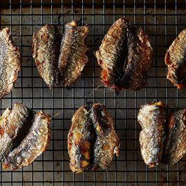 Bcdd7ecc 77a5 4d8c a0fc 880272c7de8c  2014 0923 how to grill fresh sardines 006